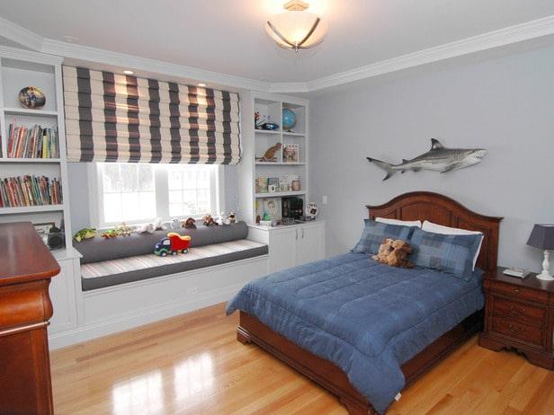 boy room fish