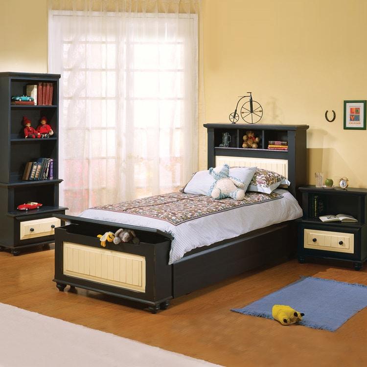 boy room negro y amarillo