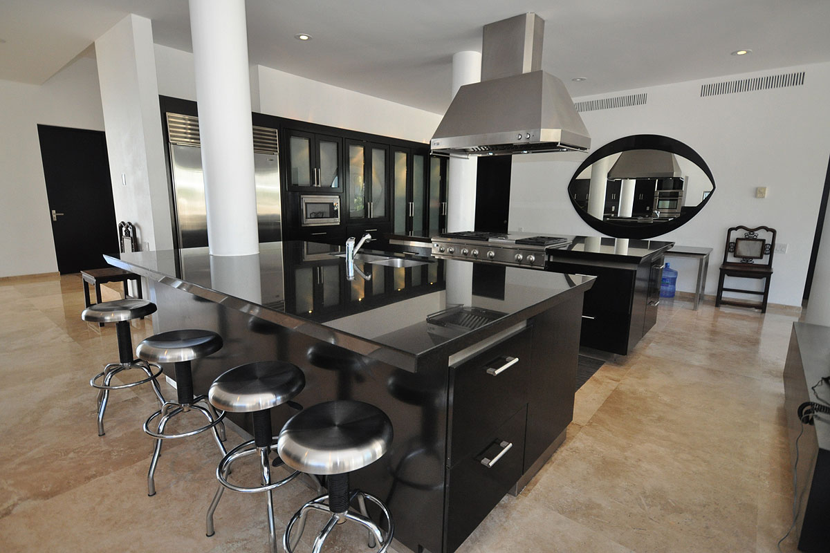 cocina lujosa simple negra