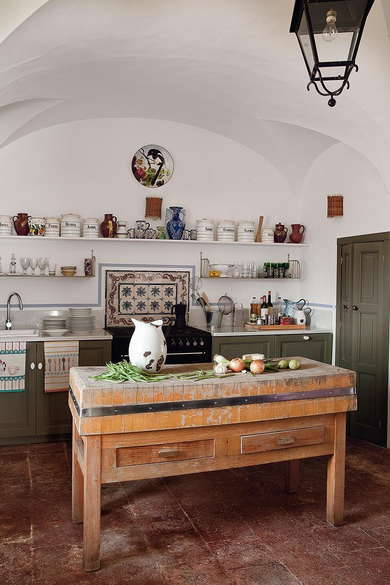 cocina rustica grande