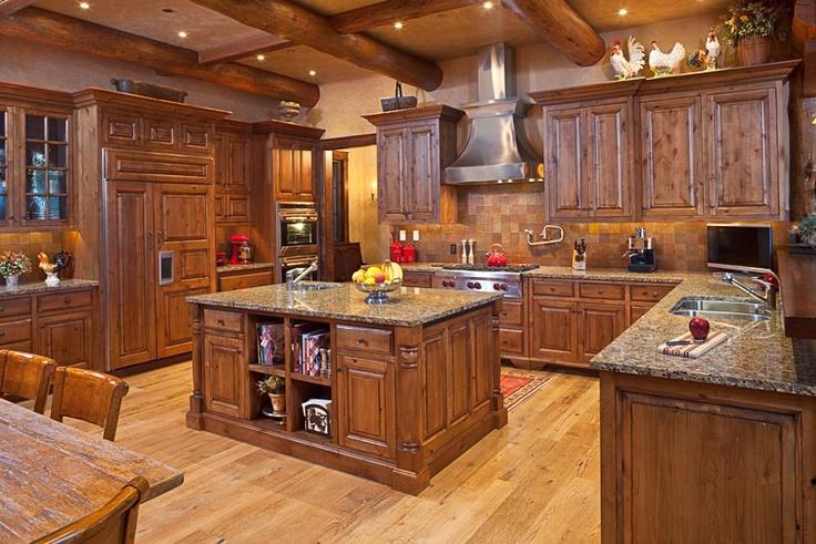 cocina rustica de lujo madera oscura