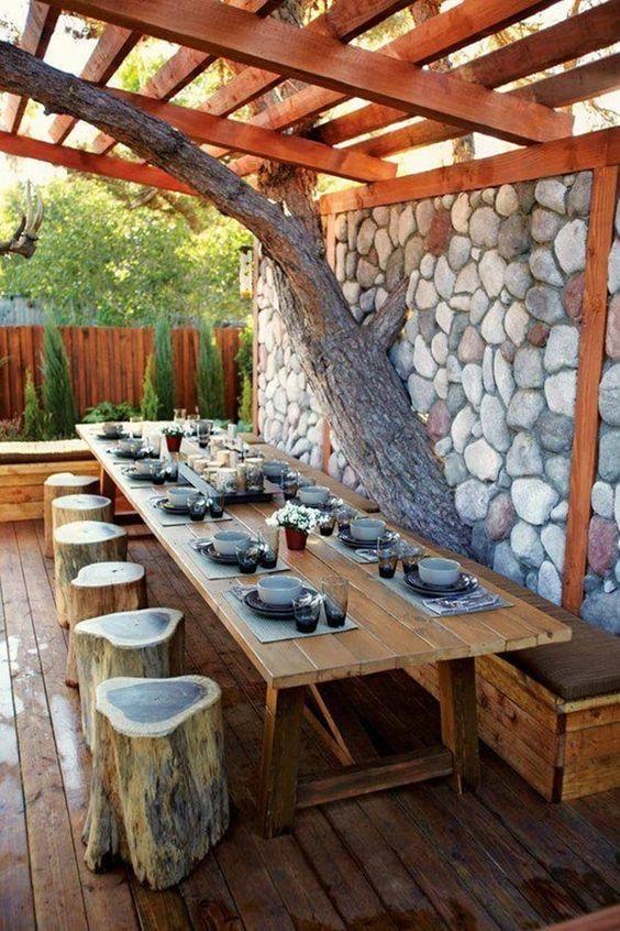 07 asientos con troncos de madera