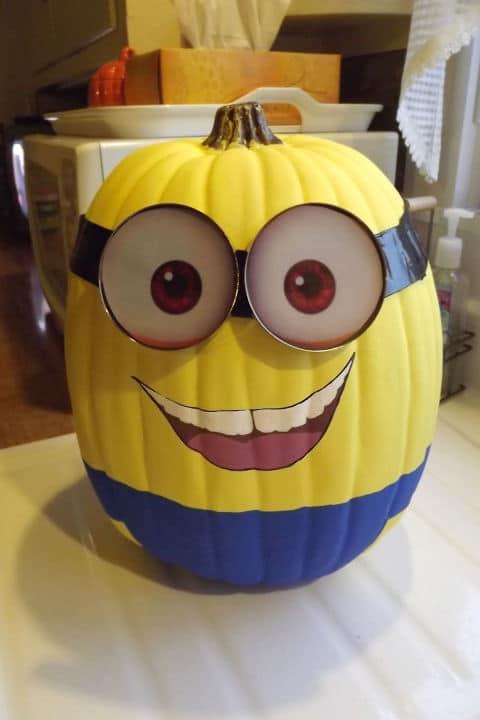 09 calabaza de halloween minion