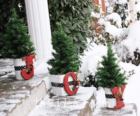 11 arboles de navidad en macetas