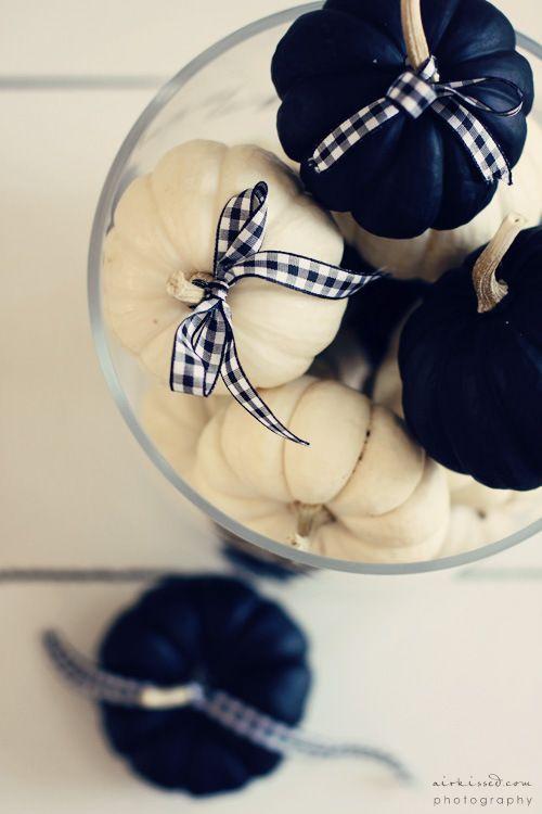 5 calabazas blancas y negras
