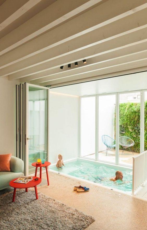 15 piscina interior