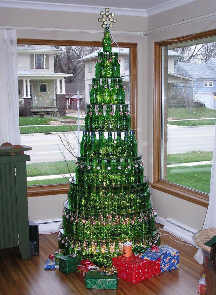 30 arbol de navidad con botellas