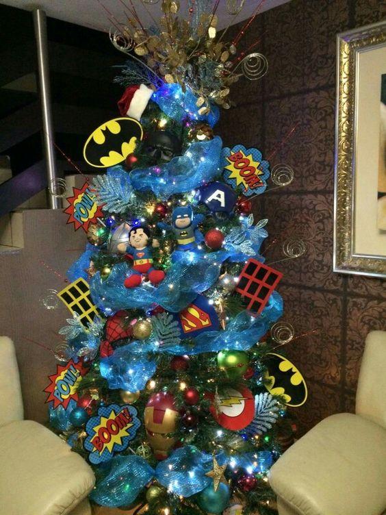 44 arbol de navidad superheroes