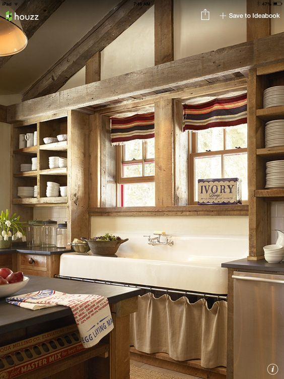 13 Cocina de obra con estantes con cortina