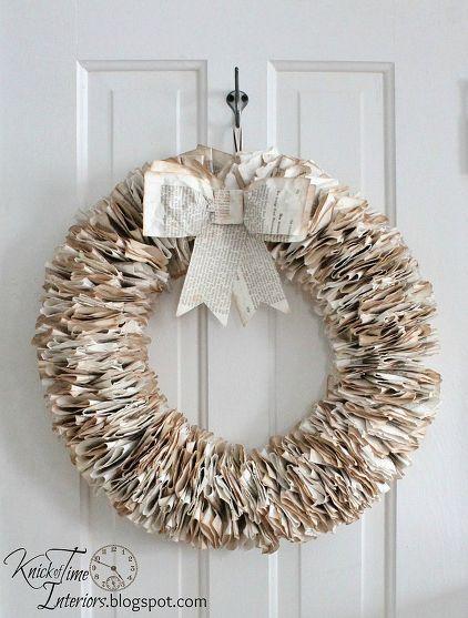 22 corona de navidad con páginas de libros