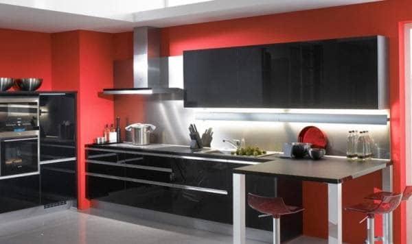 cocina roja con negro