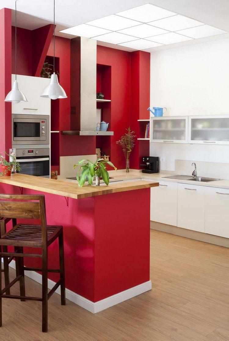 pequeña cocina roja