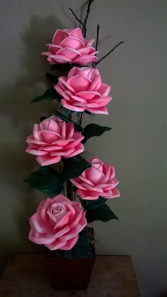 flores hermosas en goma eva