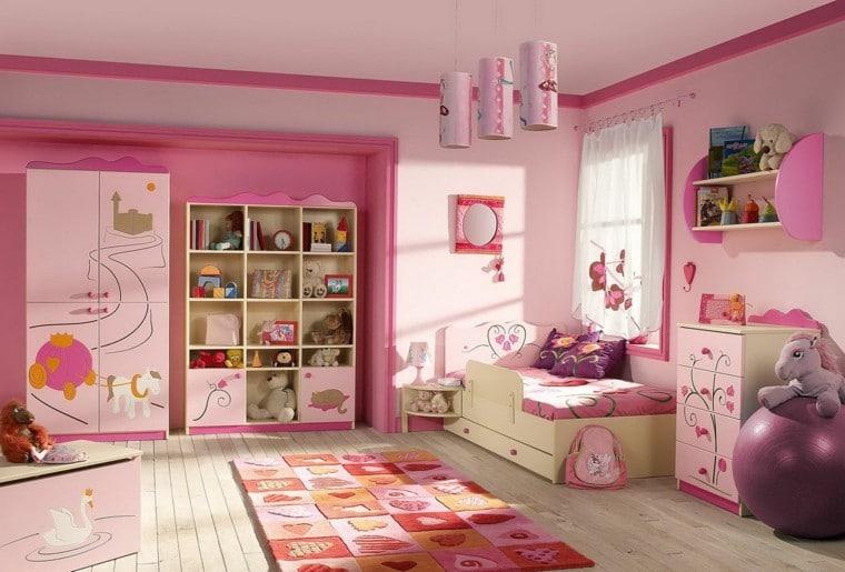 habitacion de niña rosada