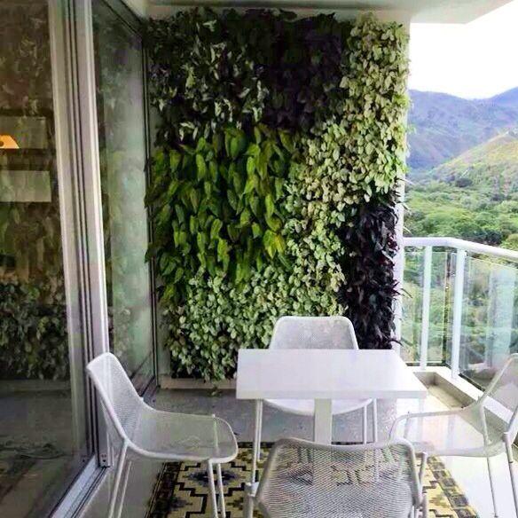jardin hermoso vertical