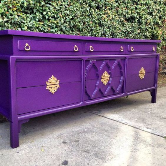 mueble pintado en purpura chalk paint
