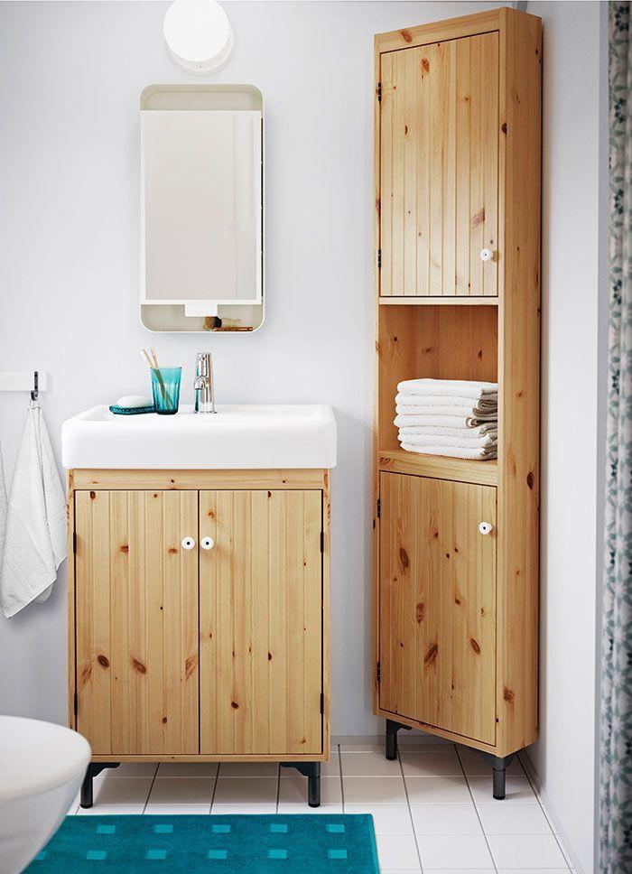 armario de baño estrecho