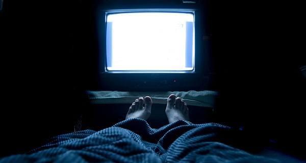 ver-tv-para-dormir