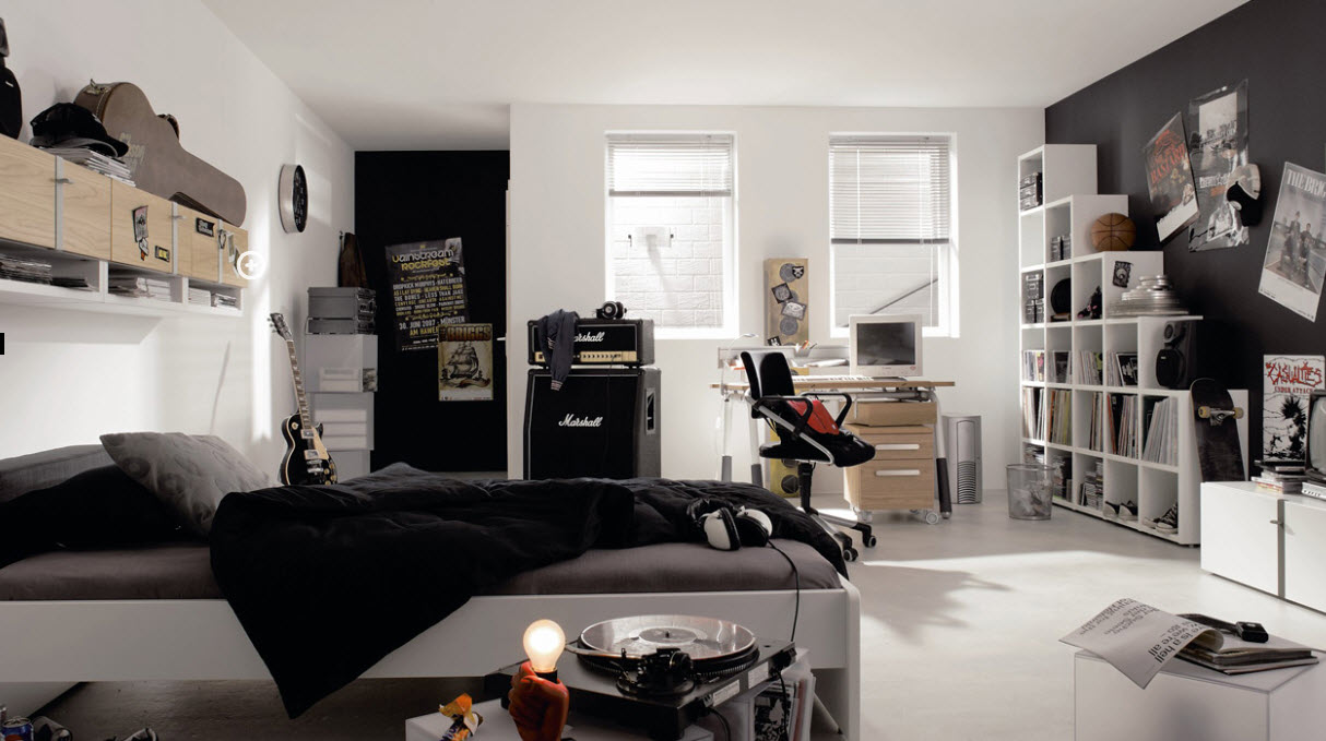 Boy Teen Room Negro