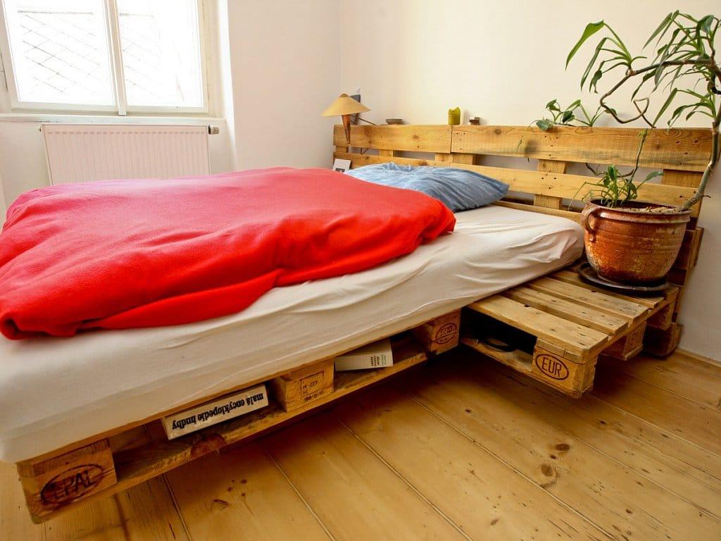 Camas con palets amazing imagen with camas con palets - Camas con palets ...