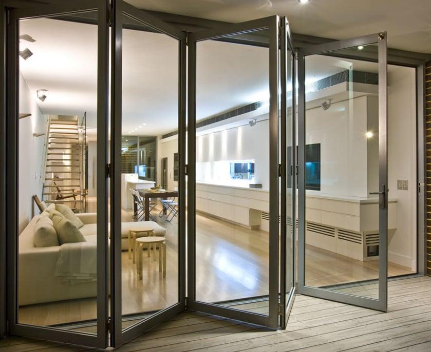 como vas viendo tambin existen diferentes materiales para puertas correderas de exterior tipo acorden te animas con alguna - Puertas Correderas Exteriores