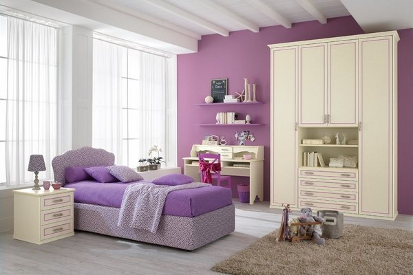 Girl Teen Room Violet