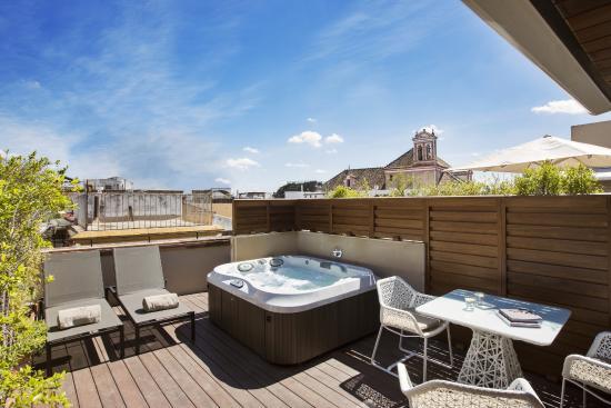 Jacuzzi exterior 60 dise os perfectos estreno casa - Jacuzzi para terrazas ...