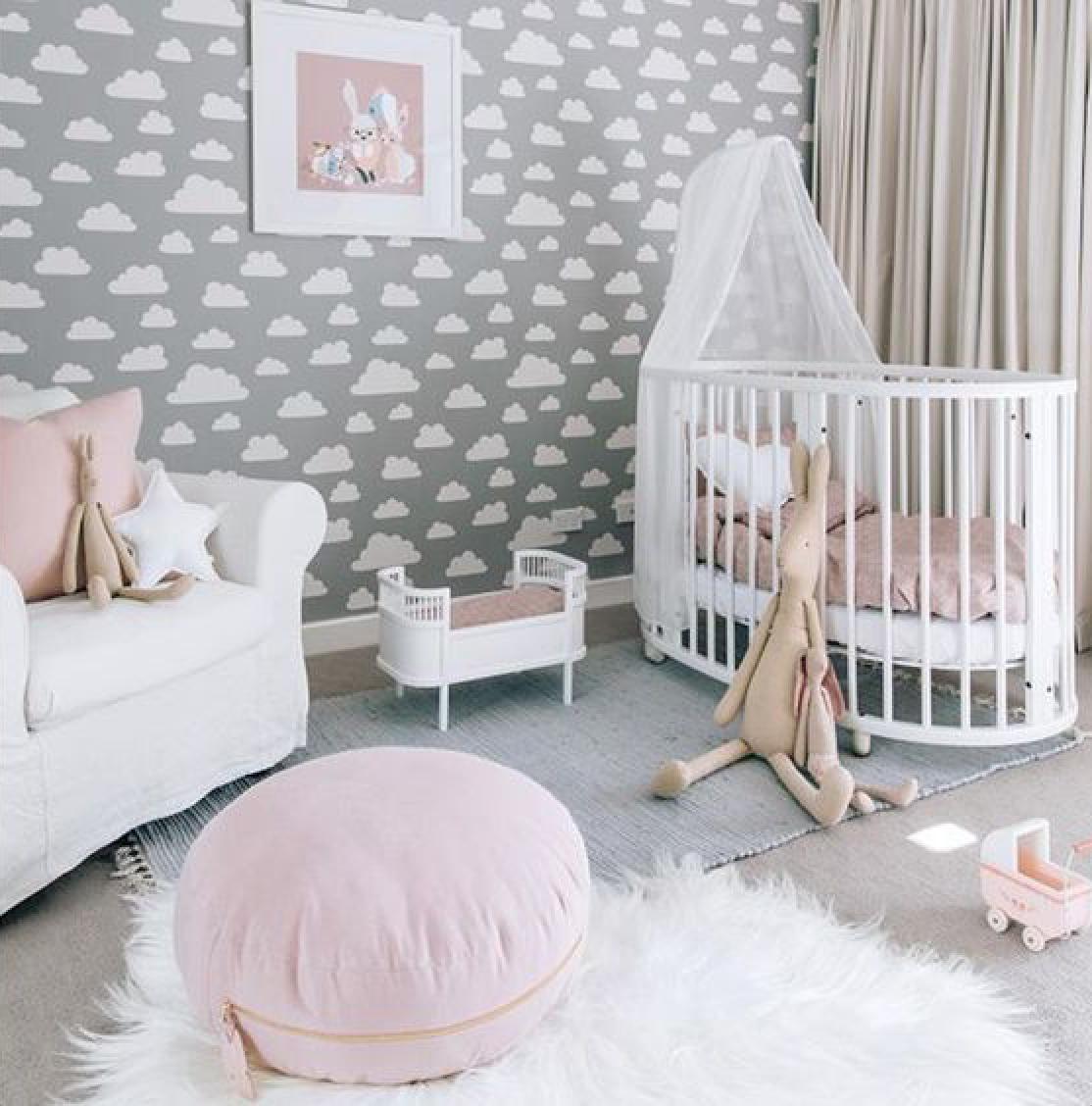 personalmente en lo que respecta a decoracin de dormitorios de beb de sexo femenino me gusta mucho la combinacin de gris blanco y rosado - Habitacion Bebe Nia