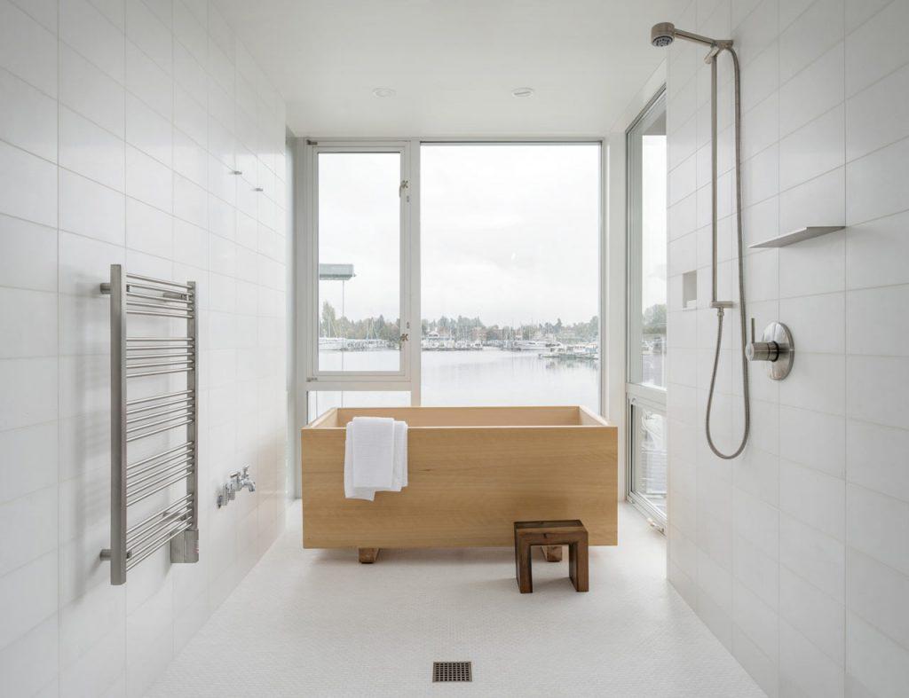 tina madera ducha minimalista blanca