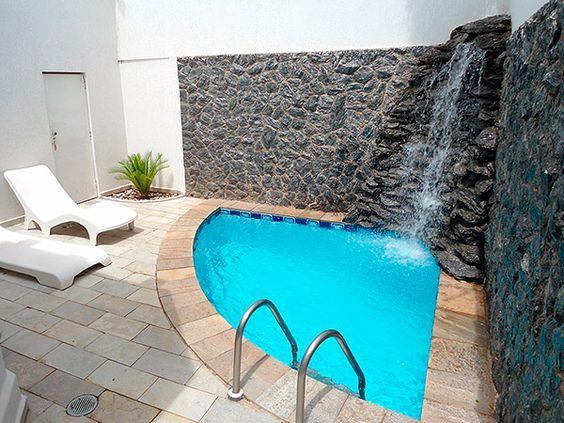 31 ideas de piscinas peque as para terrazas y jardines for Piscinas pequenas para terrazas