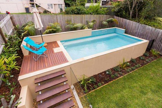 31 ideas de piscinas peque as para terrazas y jardines for Above ground pool setup ideas