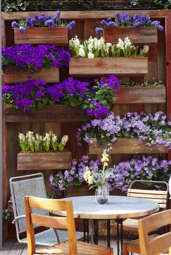 Para so ar 31 ideas de decoraci n de jardines peque os estreno casa - Decorar terrazas reciclando ...