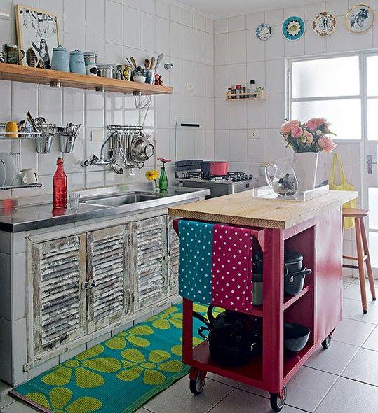 Ideas de cocinas vintage que querr s para la tuya - Alicatar cocina detras muebles ...