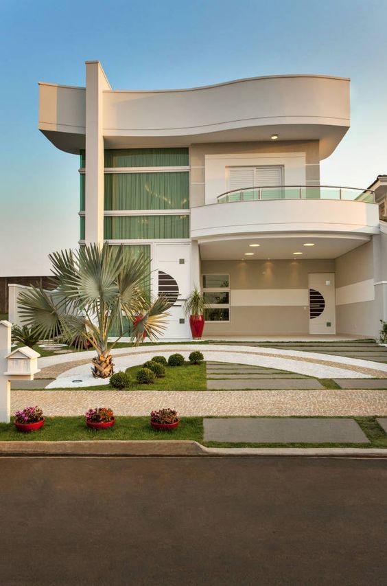 Hermosas fachadas de casas modernas 40 fotos estreno casa for Las mejores fachadas de las villas