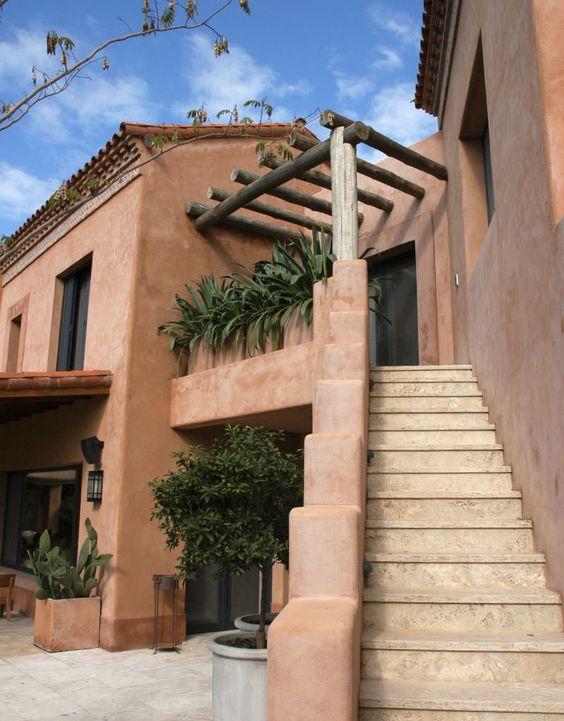 Fachadas de casas r sticas dise os que te encantar n estreno casa - Casa con portico ...