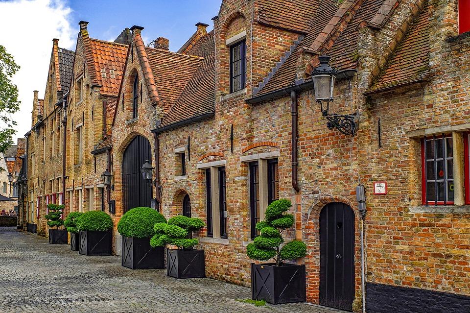 Fachadas de casas r sticas dise os que te encantar n for Casas rusticas de ladrillo