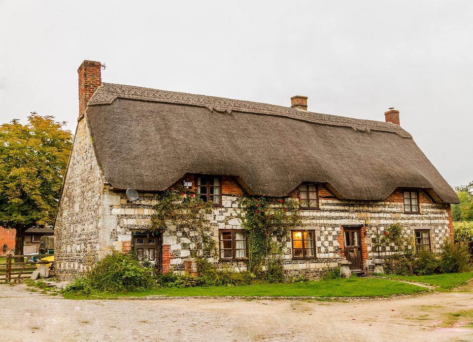 Fachadas de casas r sticas dise os que te encantar n for Como construir una casa de campo