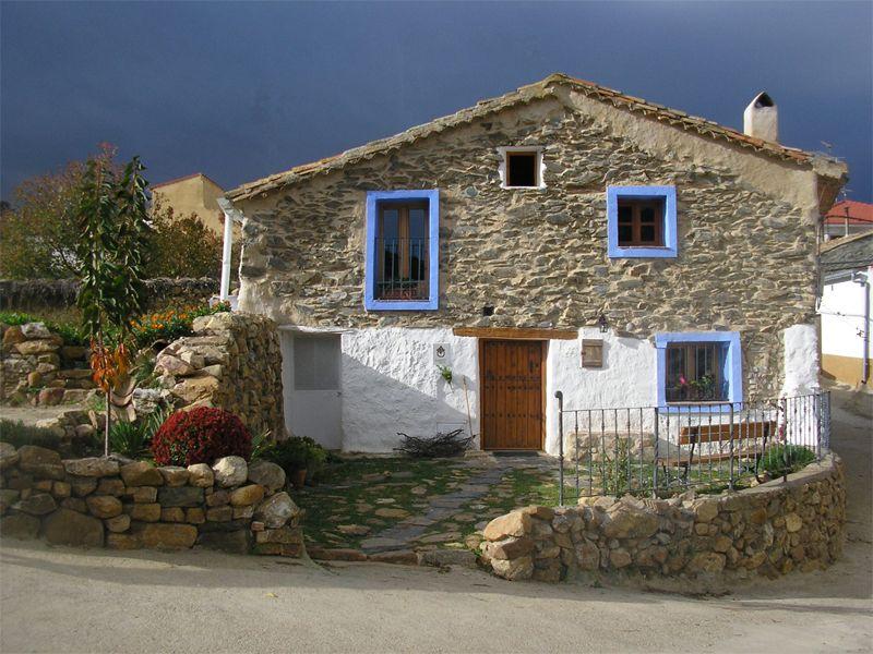 Algunas ideas de fachadas de casas de pueblo estreno casa - Casas de campo restauradas ...