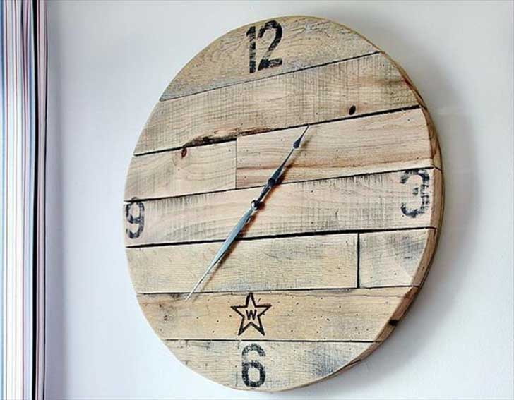 31 reloj de pared en pallets