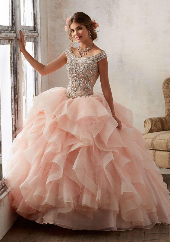 Imagenes de vestidos para quinceaneras modernos