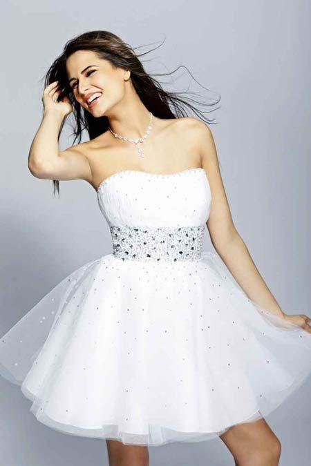 Vestidos de quinceanera modernos blancos