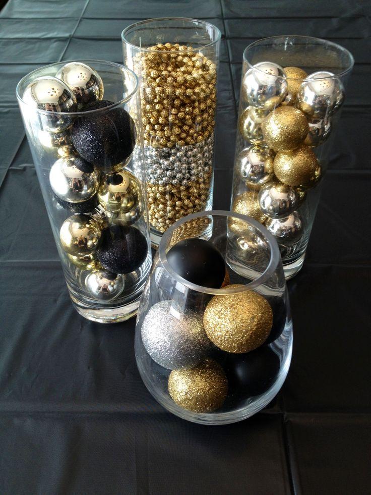 adornos con bolas navideñas
