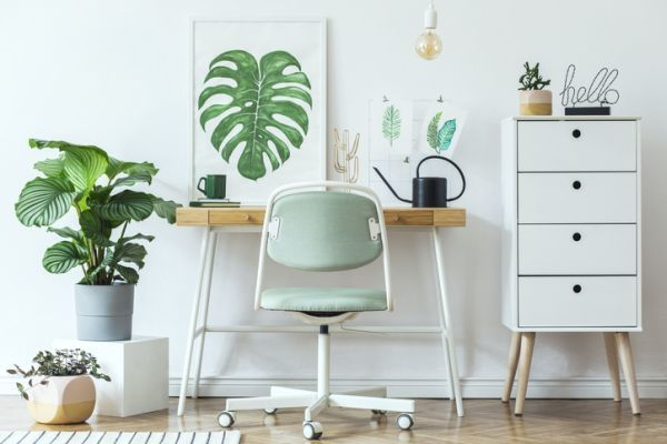 como-crear-un-espacio-de-oficina-en-casa-istock