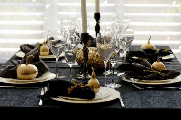 Resultado de imagen de mesa navidad dorado