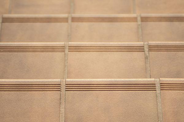cuanto-cuesta-cambiar-el-suelo-de-la-terraza-pavimento-cocido-istock