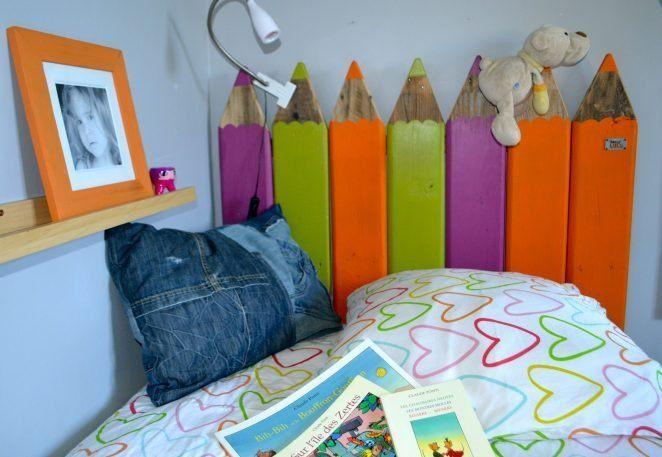 Un original y colorido cabecero DIY para el dormitorio de los niños, hecho con madera de palet