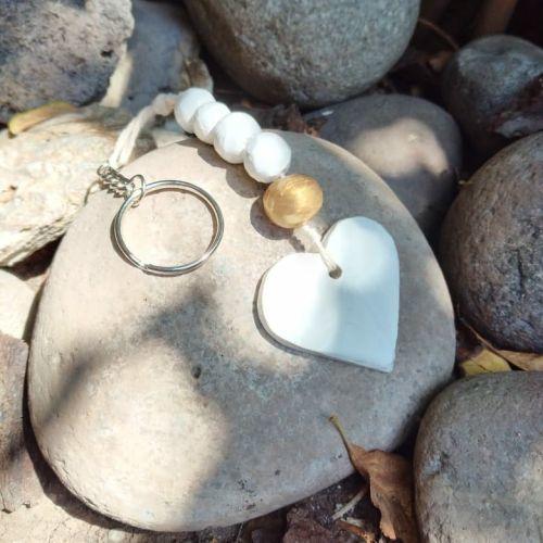 Llavero de arcilla forma de corazón